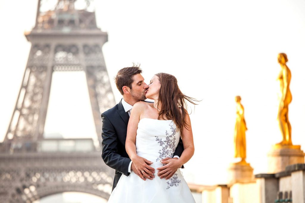 wedding pictures Eiffel Tower