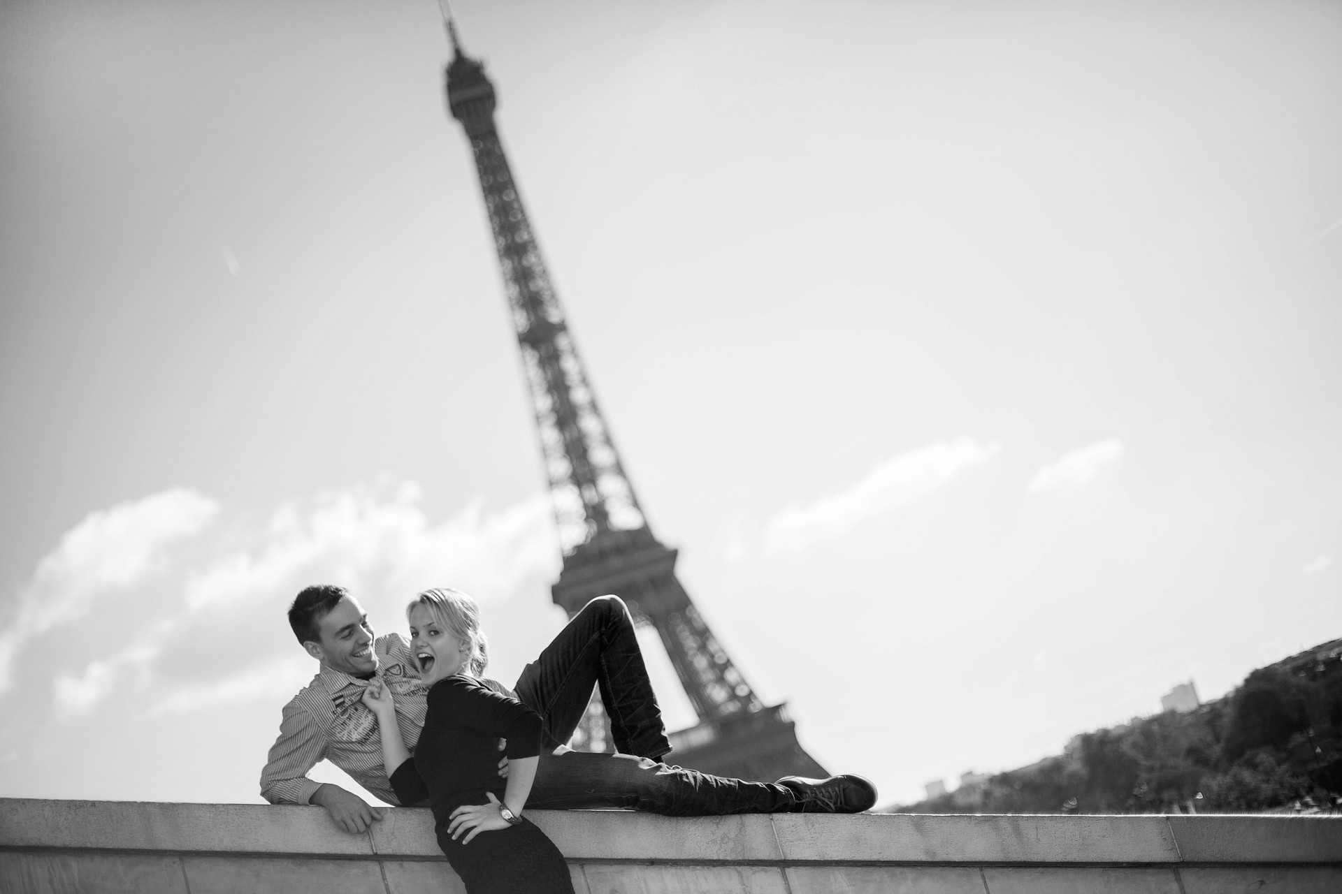 eiffeltower photographer couples