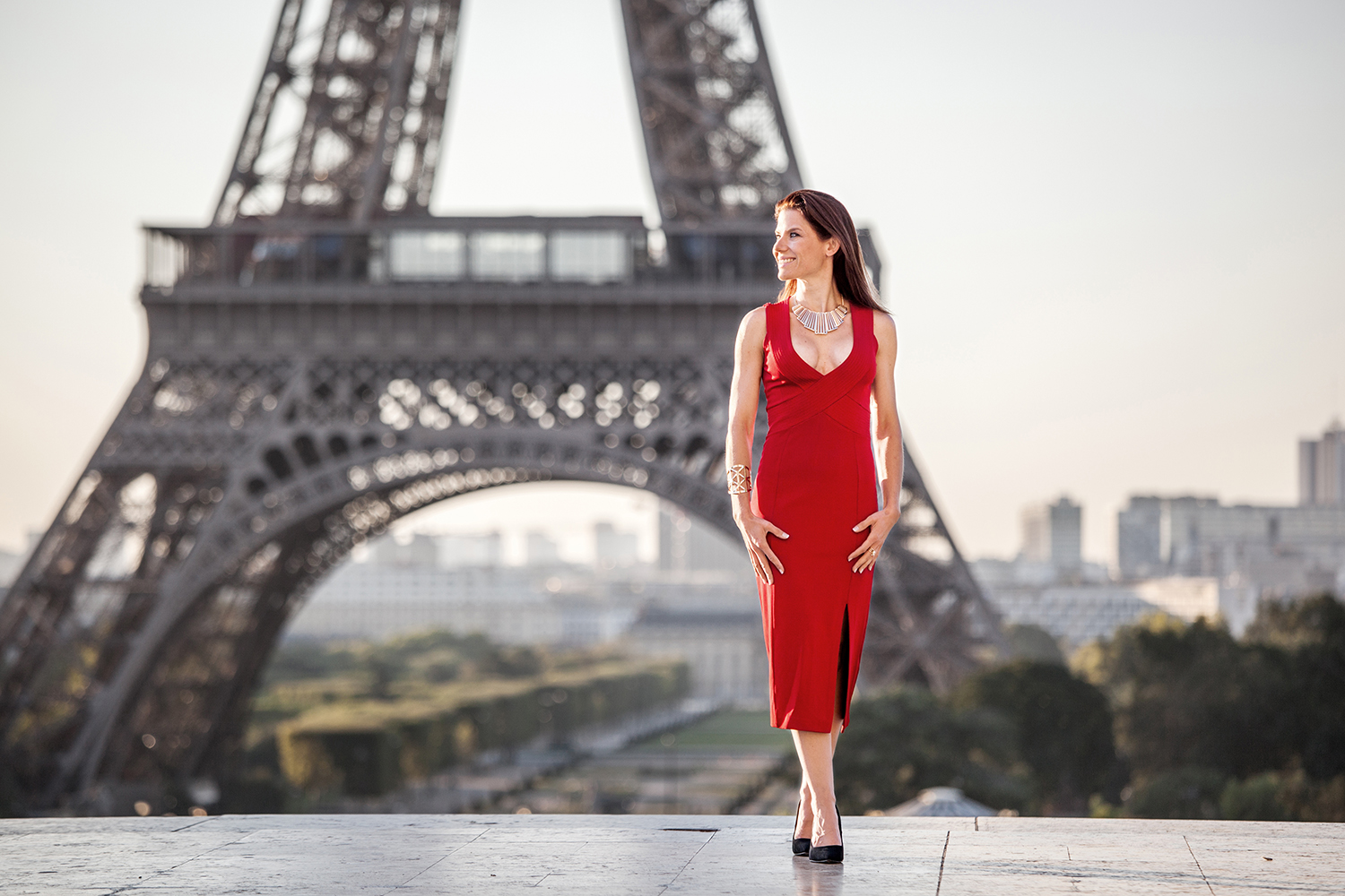 fashion collection photoshooting paris eiffeltower