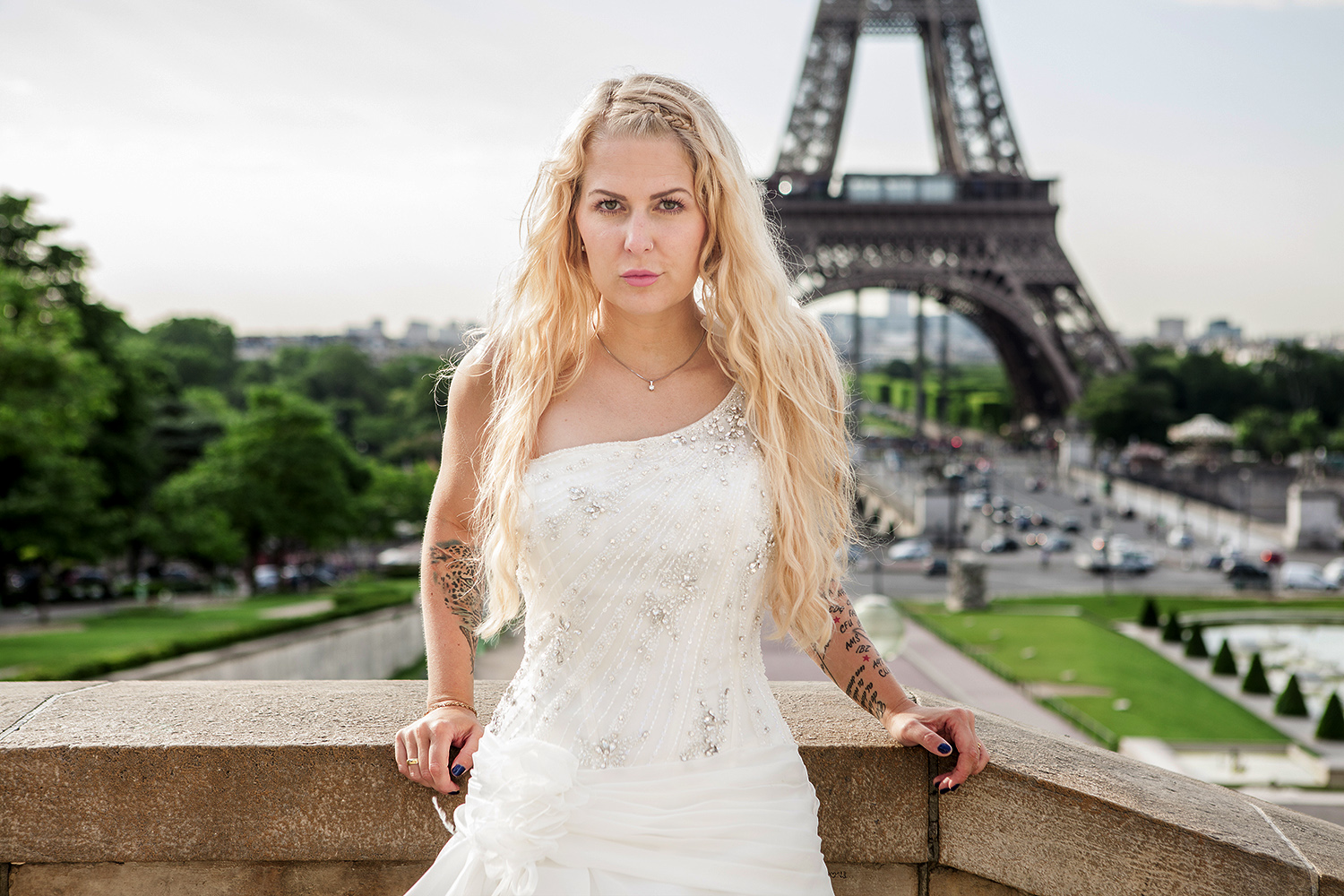 wedding model photoshooting paris eiffeltower