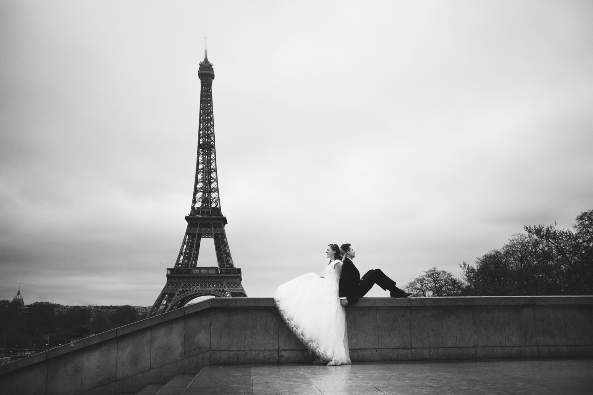 wedding photographer paris bw